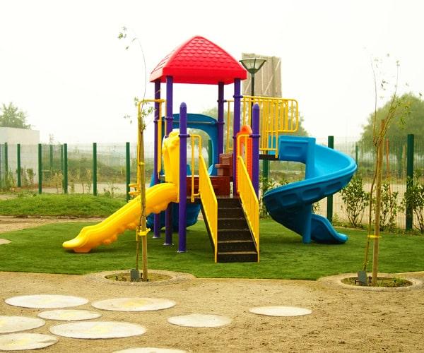 Construcción playground juegos